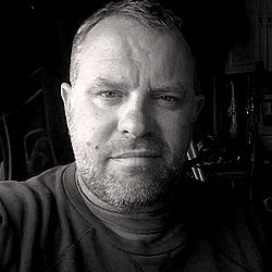 Bruce Webb headshot